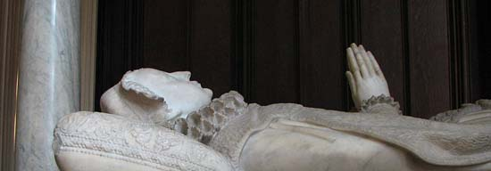 Mary-Queen-of-Scots-tomb